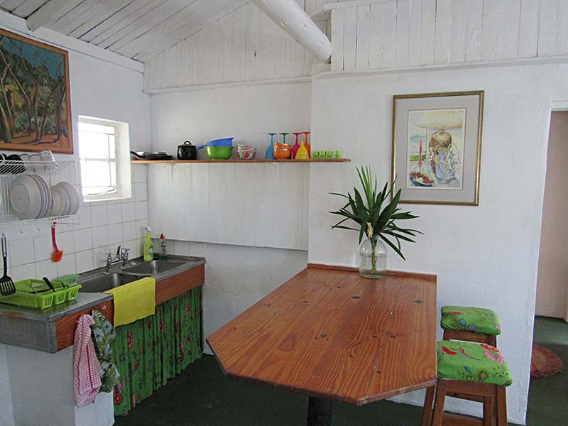 Cottage-kitchen-Area